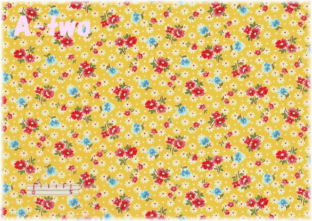 LECIEN 30's 8 アンティークフラワー イエロー 31524-50 (約110cm幅×50cm)