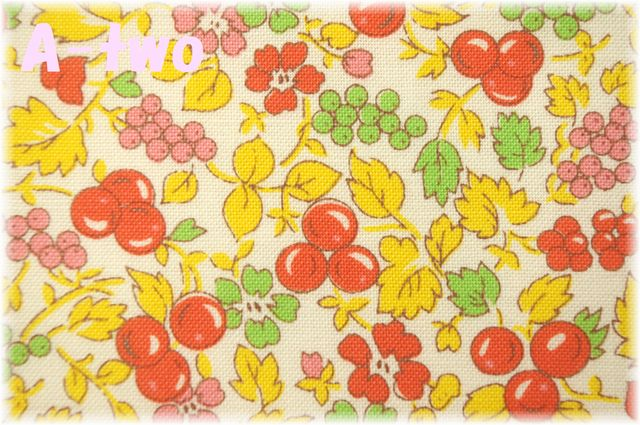 Washington Street Studio Vintage 30's Florals Fruit オレンジ 26646-O (約110cm幅×50cm)